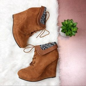 Qupid Brown Wedge Ankle Boots